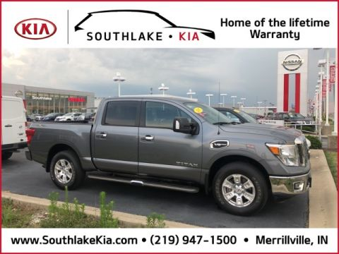 Pre-Owned 2017 Nissan Titan SV 4WD 4D Crew Cab